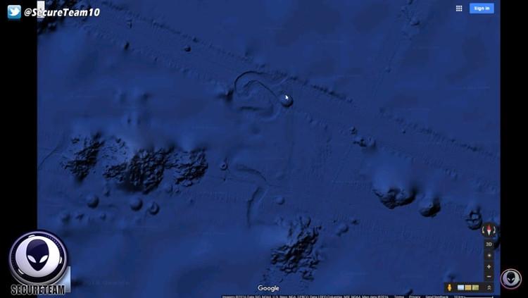 Video: Vật thể lạ đường kính 4km dưới đáy Thái Bình Dương