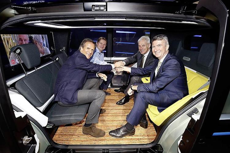 Volkswagen giới thiệu ý tưởng xe không vô lăng