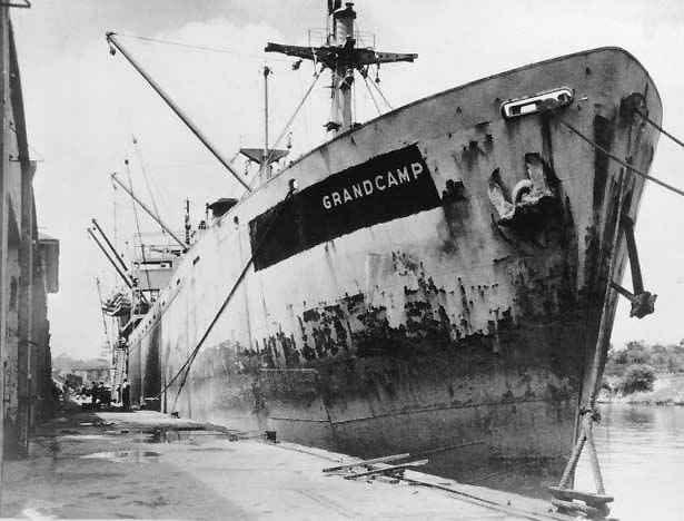 Vụ nổ tàu chết chóc nhất nước Mỹ, thổi bay cả sà lan và máy bay