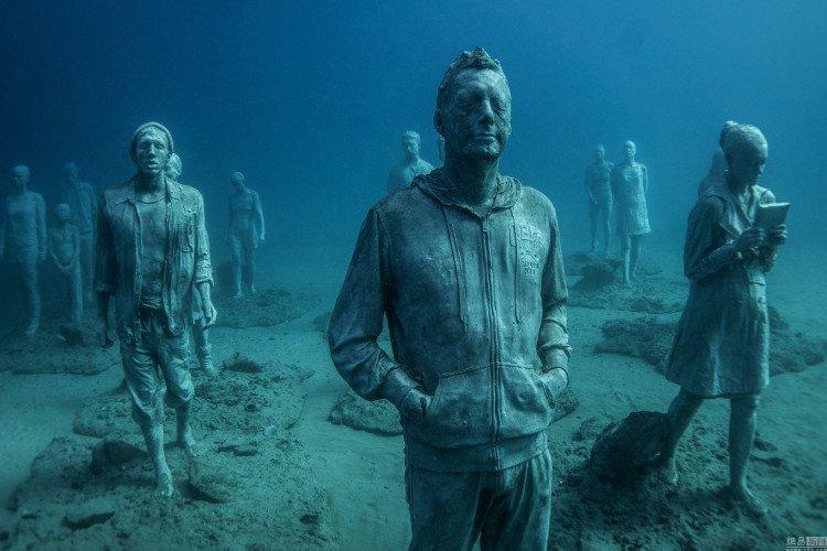 Vùng biển khiến ai cũng phải lạnh người khi nhìn thấy cảnh tượng ở dưới đáy