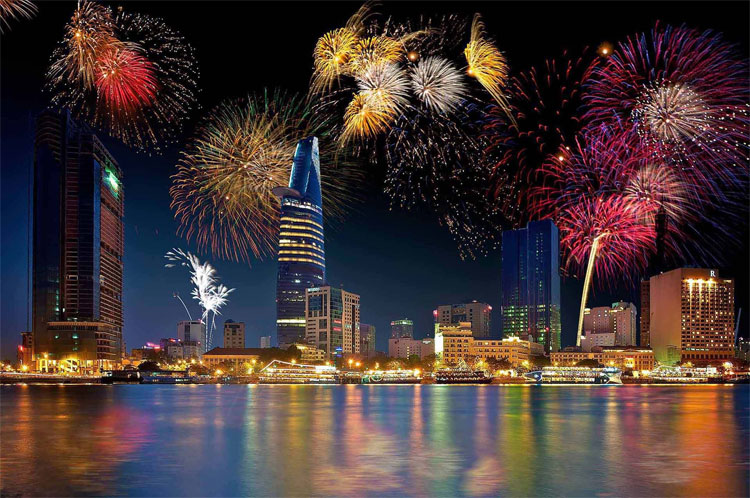 Ý nghĩa ẩn sau tục lệ rung chuông chào đón năm mới đêm Giao thừa