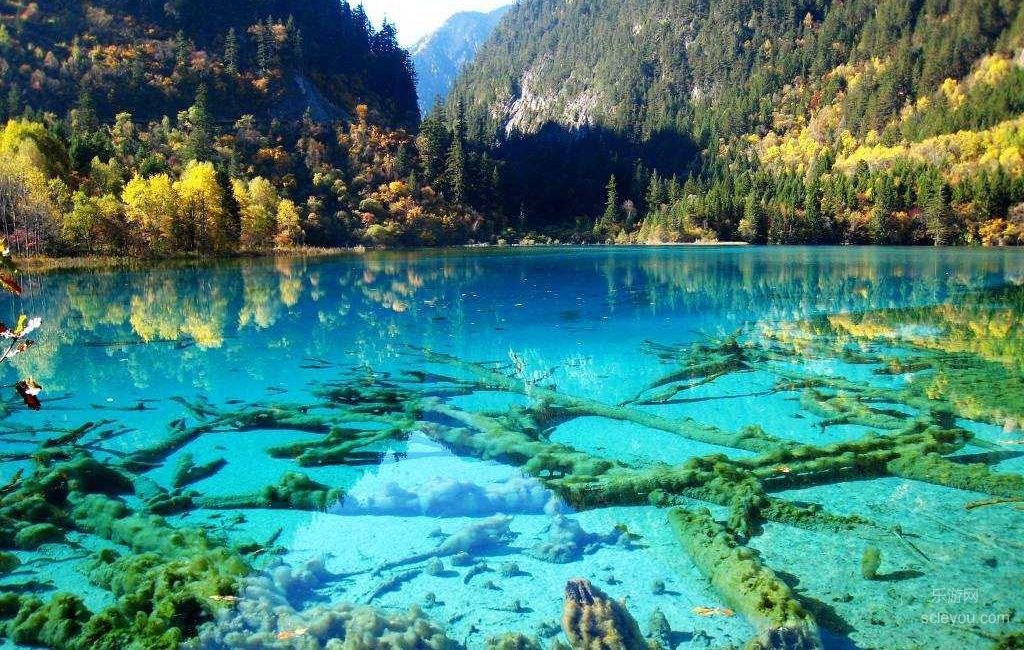 10 hồ nước đẹp như chốn bồng lai