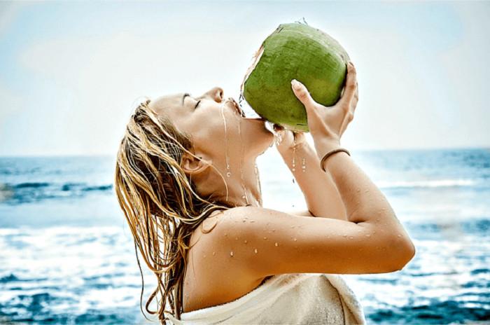 11 lý do để uống nước dừa