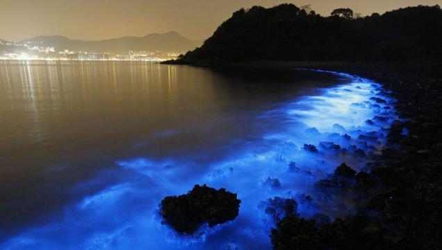 5 nơi có màu nước kỳ lạ do ô nhiễm môi trường trên thế giới