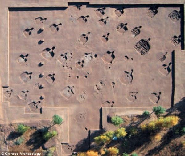 97 bộ hài cốt 5.000 năm tuổi biến dạng trong ngôi nhà 20m vuông