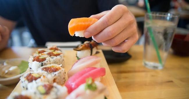 Ăn bằng tay mới thật sự tốt cho sức khỏe