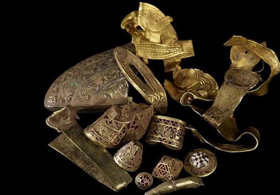 Anh: Lại phát hiện kho báu mới từ thời Anglo-Saxon
