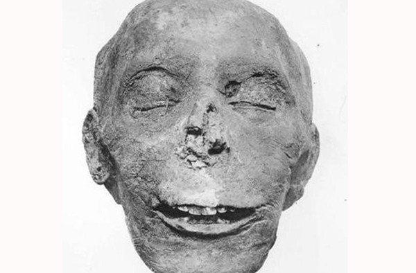 Bí ẩn đằng sau nghi lễ mở miệng xác ướp của người Ai Cập cổ đại đã được giải mã