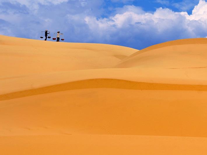 Bí ẩn đồi cát biết hát