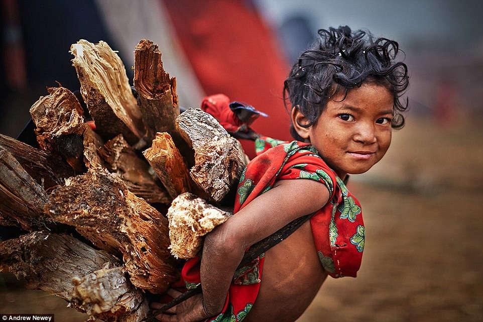 Bộ tộc vẫn sống như thời nguyên thủy ở Nepal