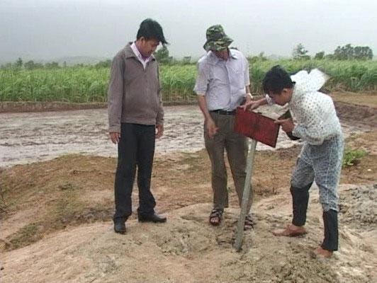 Bùn phun trào ở Ninh Thuận có thể tắm được