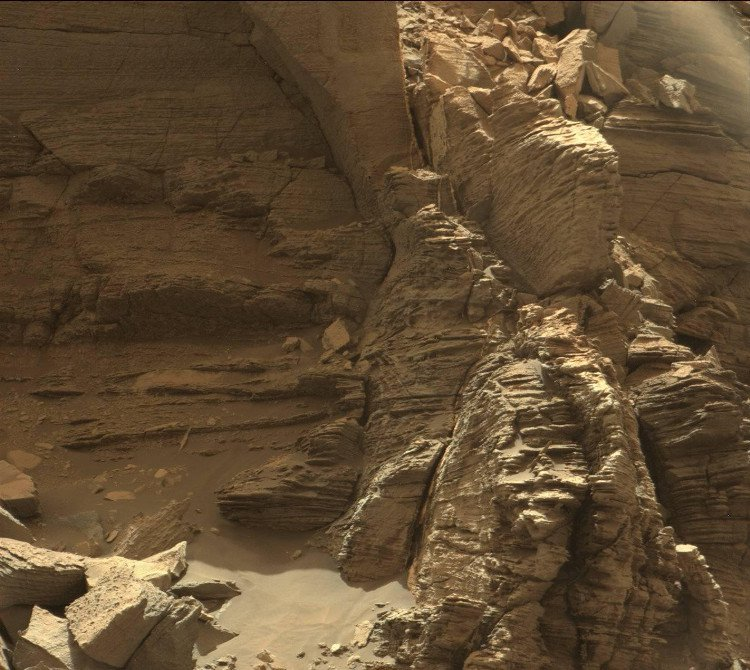 Cảm ơn Curiosity vì những bức ảnh tuyệt vời vừa được gửi về từ Sao Hỏa