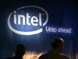 Chip Intel giảm giá chỉ còn một nửa