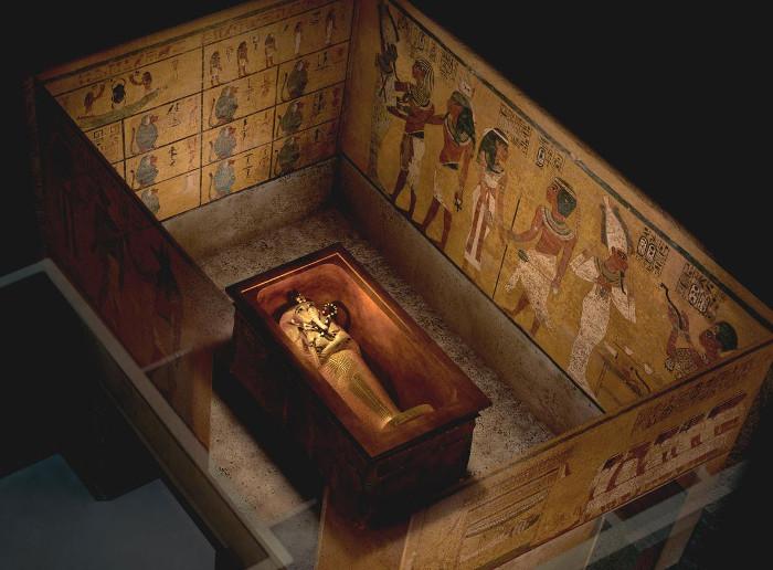Chuyên gia hoài nghi về phòng bí mật ẩn trong mộ vua Tut