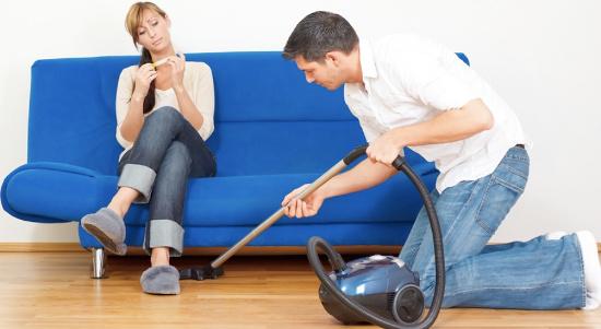 Đàn ông càng siêng việc nhà, chuyện ấy càng kém