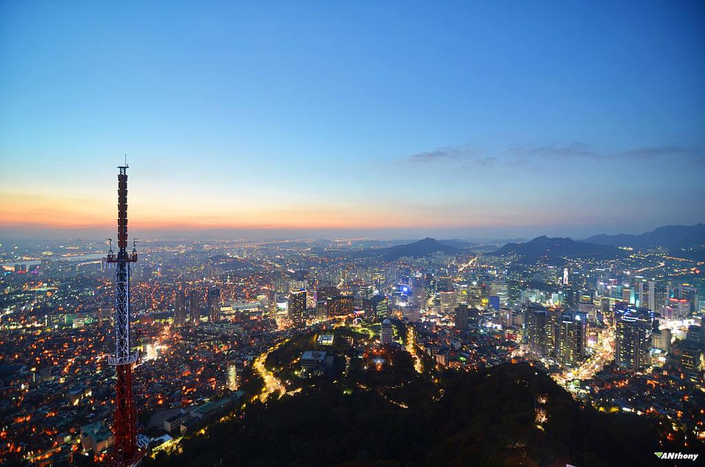 Đây là những gì bạn nhìn thấy từ đỉnh của các địa danh cao nhất trên thế giới