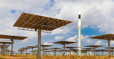 Đêm: Nhà máy năng lượng mặt trời phát điện!