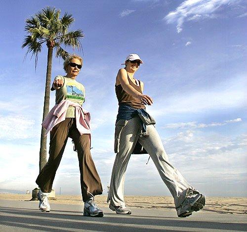 Đi bộ nhanh giúp phòng tránh nguy cơ mắc ung thư