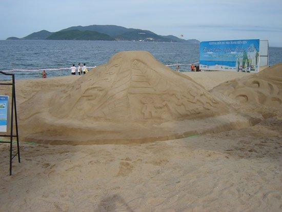 Điêu khắc trên cát vì hành tinh xanh