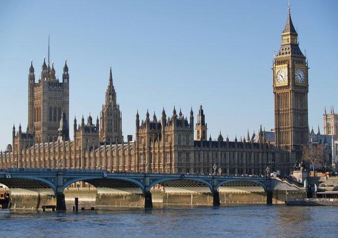 Đổi tên tháp Big Ben thành tháp Elizabeth