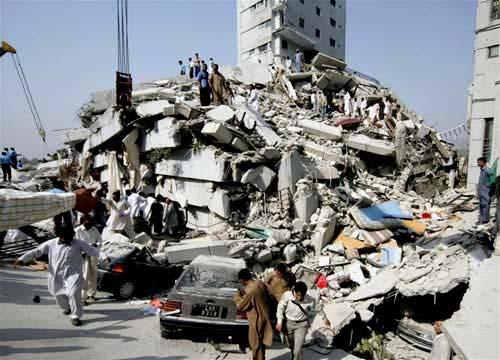 Động đất dữ dội rung chuyển Pakistan