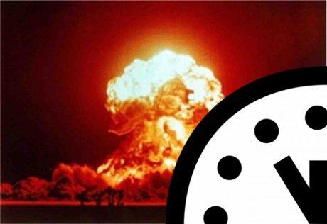 Đồng hồ Tận thế đứng im trong năm 2013
