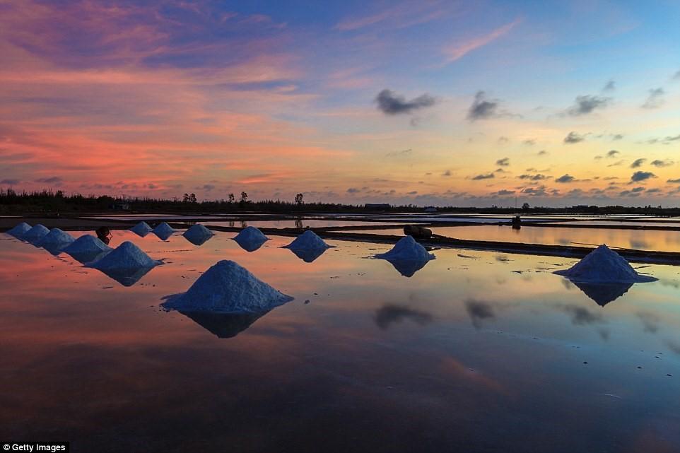 Đồng muối Việt Nam vào top điểm ngắm hoàng hôn đẹp nhất