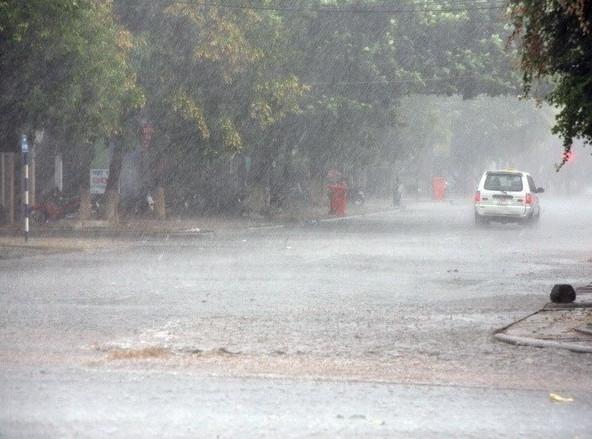 Dự báo thời tiết ngày 13/5: Bắc Bộ có mưa lớn, khả năng xảy ra lũ quét