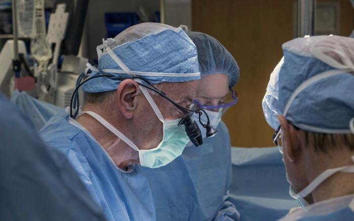 Hoàn thành ca cấy ghép tử cung đầu tiên tại Mỹ