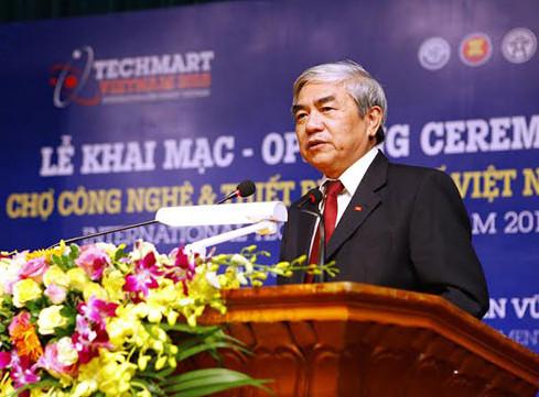 Khai mạc hội chợ công nghệ và thiết bị quốc tế Việt Nam 2015