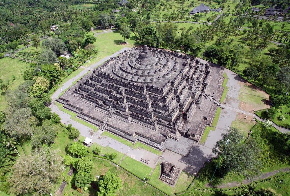 Khám phá kỳ quan Phật giáo lớn nhất thế giới