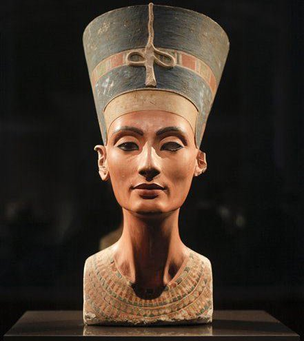 Khám phá mới về sắc đẹp của nữ hoàng Ai Cập Nefertiti