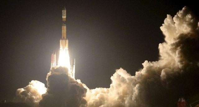 Khoảnh khắc Nhật Bản phóng tàu vũ trụ Kounotori-5 lên ISS