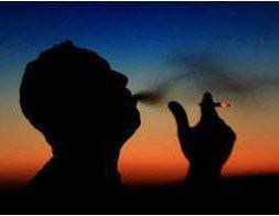 Khói thuốc lá sẽ gây ức chế enzyme kháng viêm