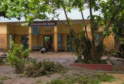 Lào Cai: Lũ ống lớn đột ngột xuất hiện trong đêm