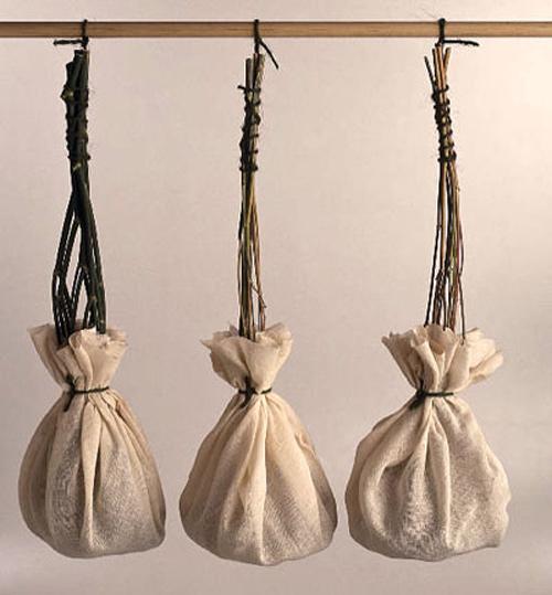 Lịch sử ra đời của túi xách ngày nay