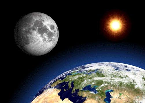 Lực hấp dẫn Trái Đất khiến Mặt Trăng biến dạng