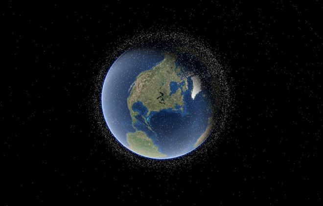 Mô phỏng 14.000 vệ tinh nhân tạo bay quanh trái đất