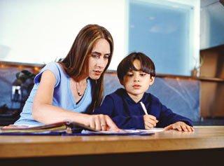 Nguyên nhân bệnh vẹo cột sống ở trẻ em