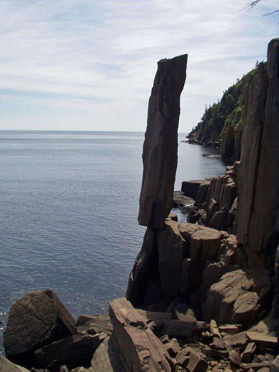 Những tảng đá kỳ lạ nhất thế giới