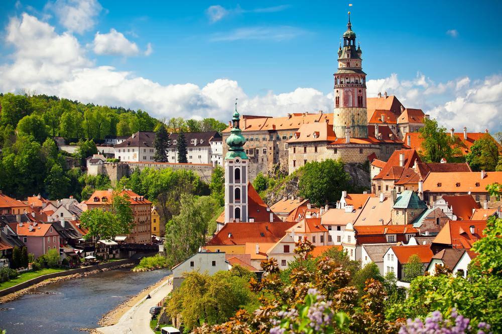 Những thành phố đẹp như thiên đường ở châu Âu được ít người biết tới