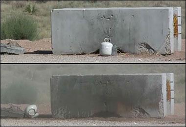 Phá bom bằng kiếm nước
