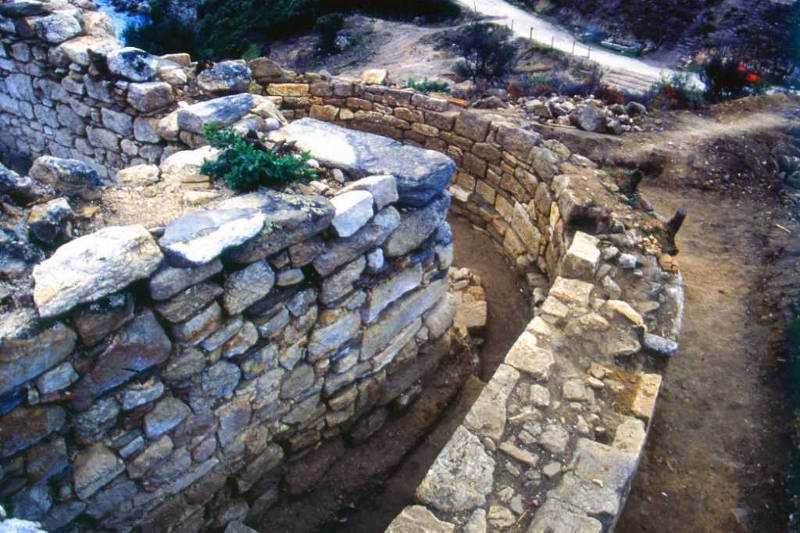 Phát hiện lăng mộ 2.400 năm tuổi của triết gia Aristotle