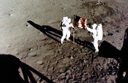 Phi hành gia Buzz Aldrin coi sao Hỏa là mục tiêu trong tương lai của con người