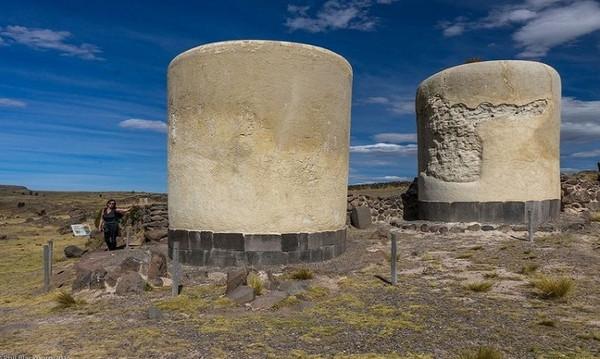 Quần thể mộ tháp cổ đại kỳ lạ ở Peru
