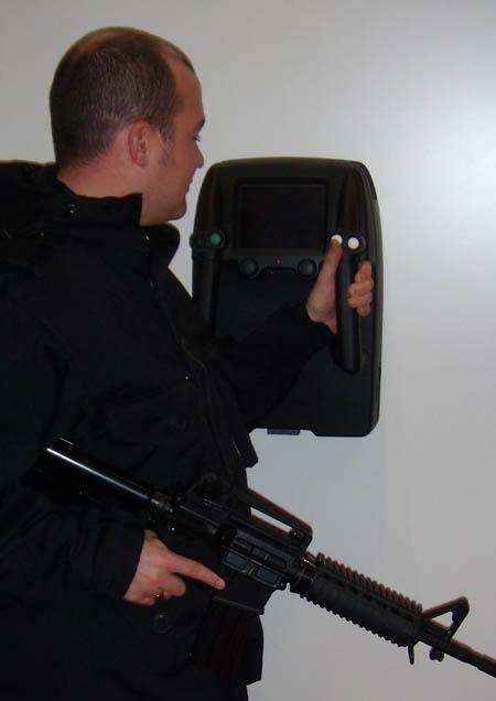 Radar nhìn xuyên tường