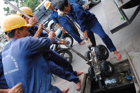 Robot phát hiện hỏng hóc trong đường cống