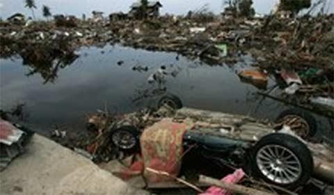 Sóng thần ở Indonesia: 600 người chết, mất tích