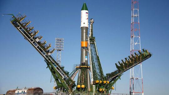 Tàu vận tải Tiến bộ M-08M lắp ghép thành công ISS