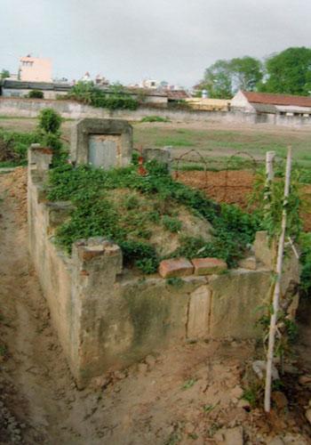 Thám sát khu mộ của chồng nữ sĩ Đoàn Thị Điểm